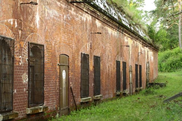 Fort 14, budynek koszarowy.